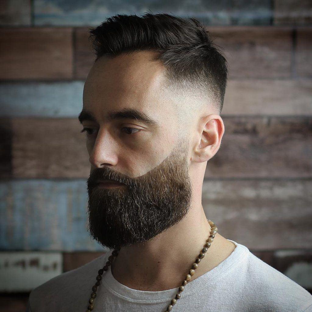 volle baard lang gezicht baardstijl