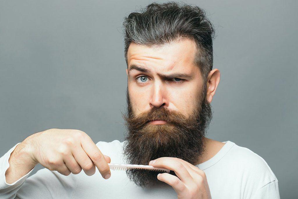 baard trimmen borstelen verzorgen